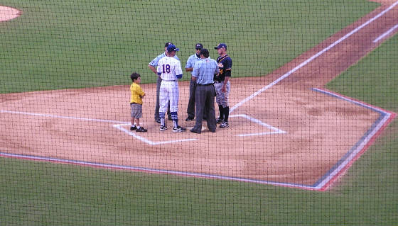 Exchanging the line ups at the Baseball Grounds